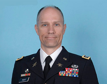 Headshot of COL Stoney Trent, USA