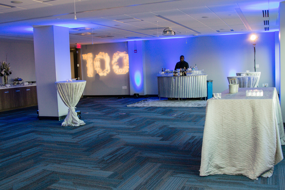 Picture of NDIA Eisenhower Conference Room setup in Reception Style